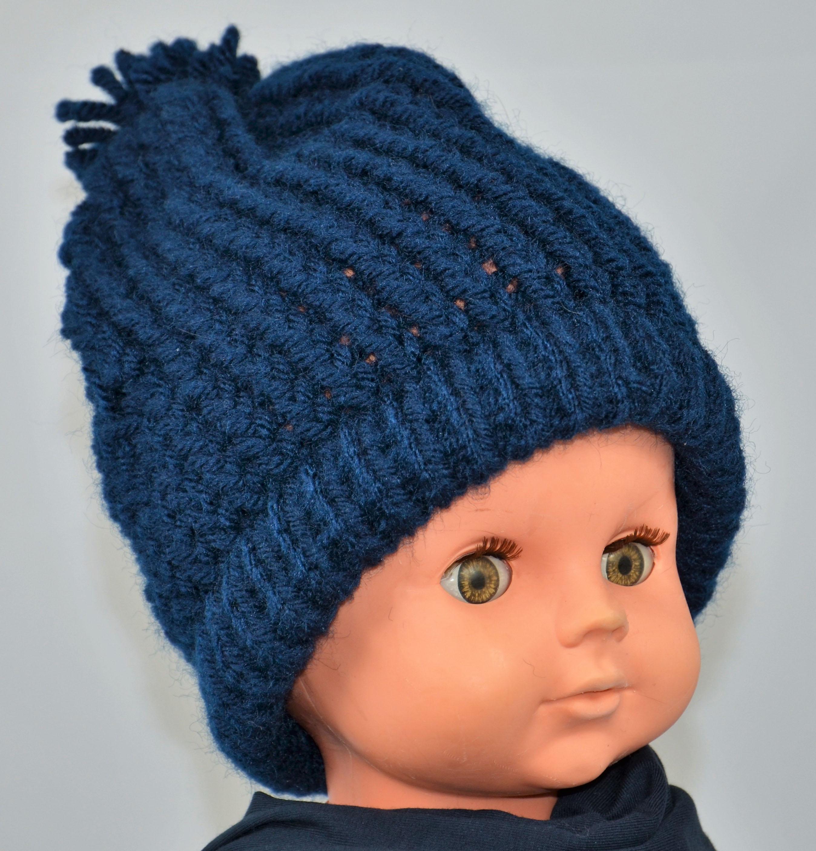 bonnet-tricoté-main-laine-bleu-marine-garcon-hiver-creation-française