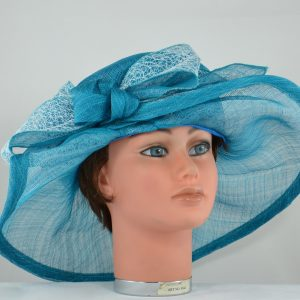 capeline-sisal-bleu-turquoise-garni-noeud-dentelle-blanche (2)
