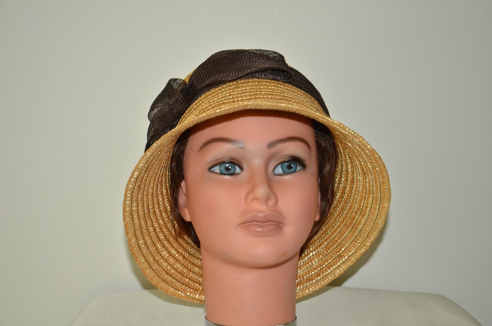 chapeau cloche paille naturelle chapeaux el gants. Black Bedroom Furniture Sets. Home Design Ideas